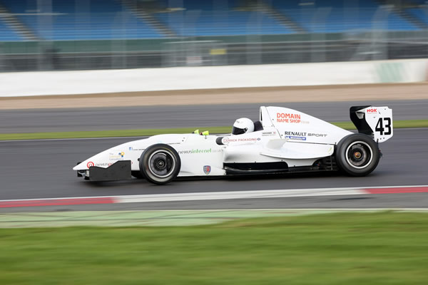 David fights back at Silverstone